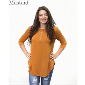 Boutique Mustard Henley Tunic, Size 2X